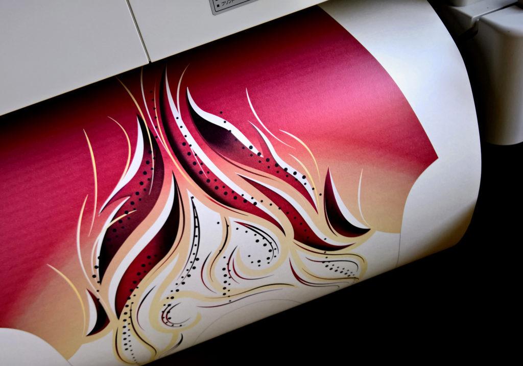 Druckvorgang eines bedruckten Turnanzugs vom deutschen Hersteller ERVY