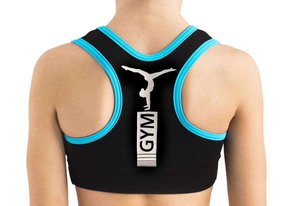 schwarzes Crop Top mit blauen Akzenten und silbernem elastischen Transferdruck auf dem Rücken vom deutschen Hersteller ERVY